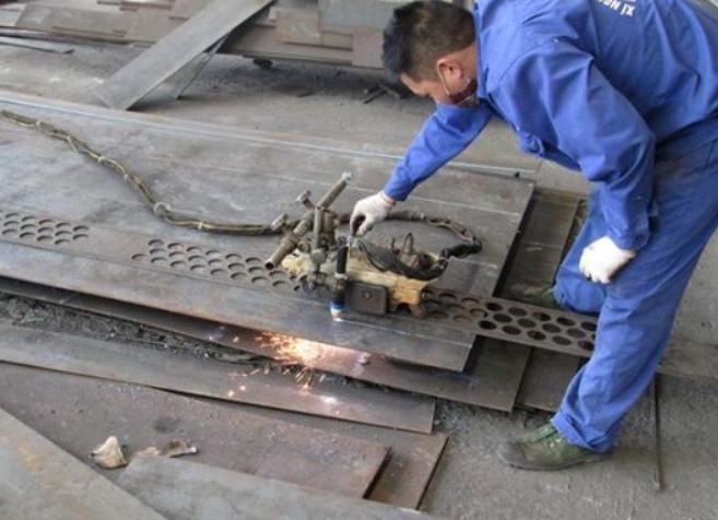 sản xuất kết cấu thép